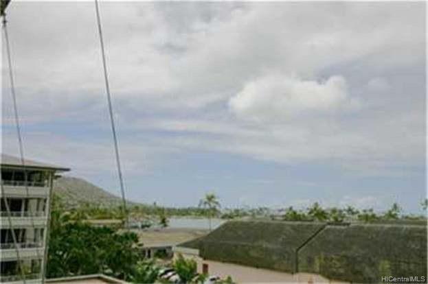1 Keahole Place Honolulu - Rental - photo 7 of 8
