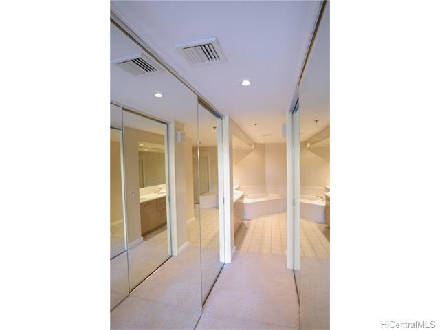 1 Keahole Pl Honolulu - Rental - photo 6 of 21