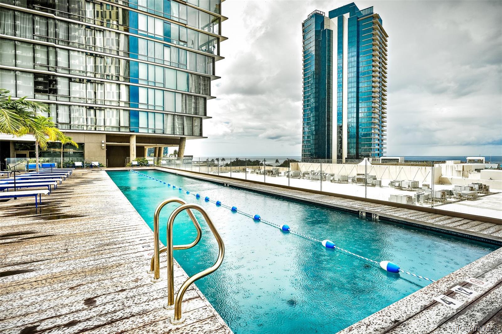 1001 Queen Street Honolulu - Rental - photo 11 of 13