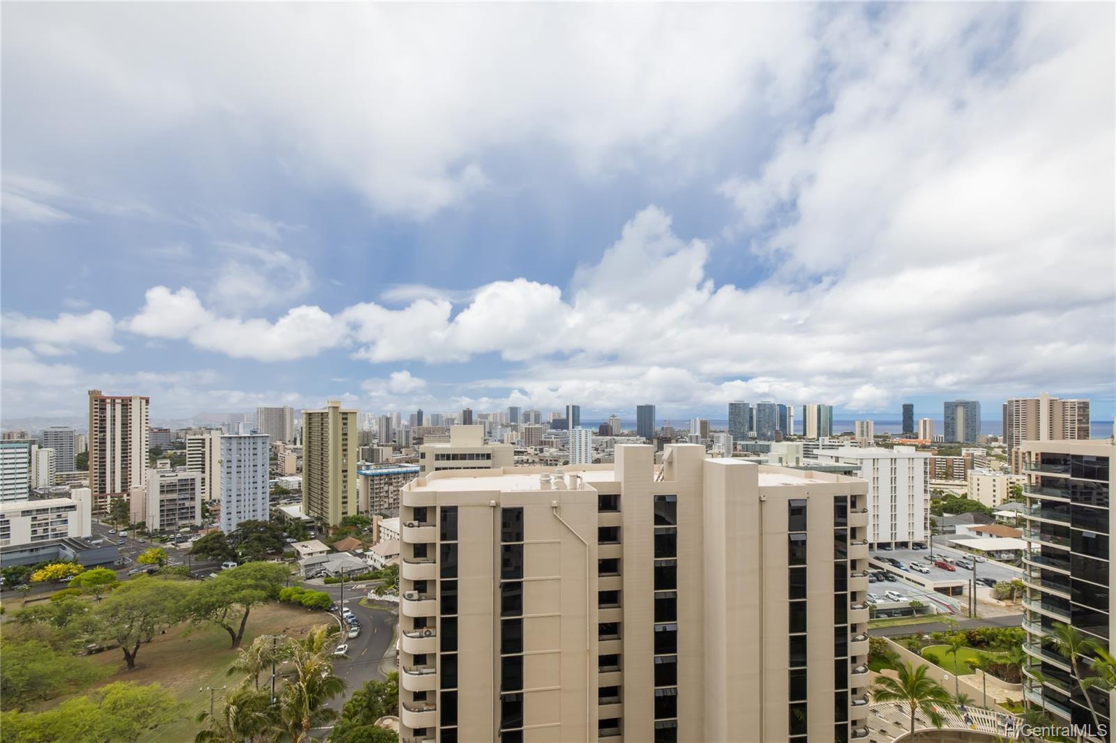 1001 Wilder condo # 902, Honolulu, Hawaii - photo 11 of 18