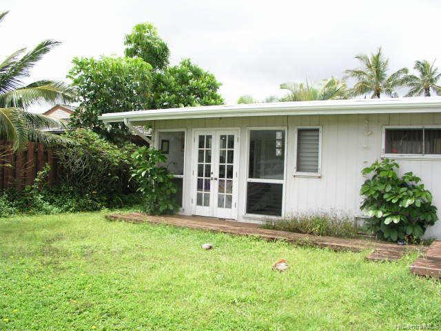 1006  Iopono Loop Enchanted Lake, Kailua home - photo 1 of 4