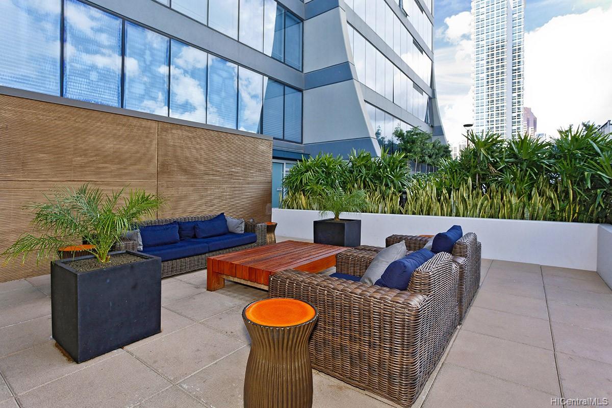 1009 Kapiolani Blvd Honolulu - Rental - photo 17 of 21
