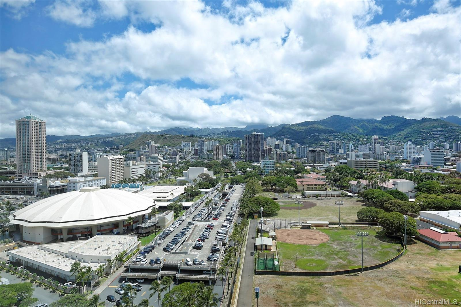 1009 Kapiolani Blvd Honolulu - Rental - photo 10 of 21
