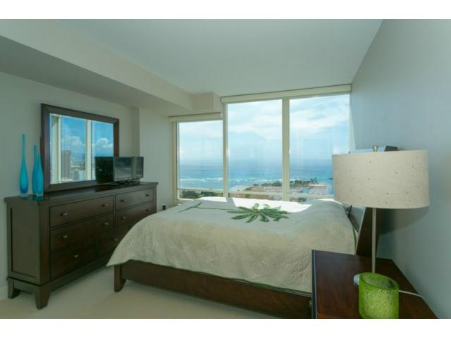 Pacifica Honolulu condo #4206, Honolulu, Hawaii - photo 1 of 20