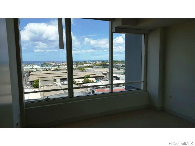 1009 Kapiolani Blvd Honolulu - Rental - photo 1 of 7