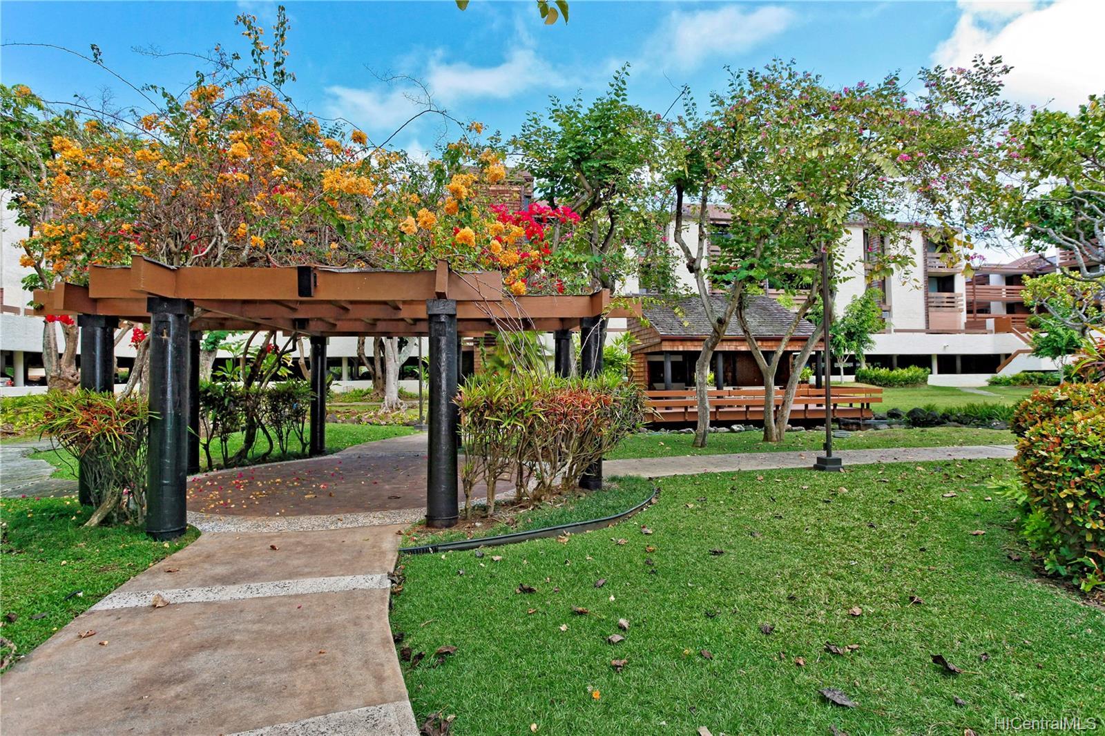 Poinciana Manor condo # 327, Kailua, Hawaii - photo 15 of 20