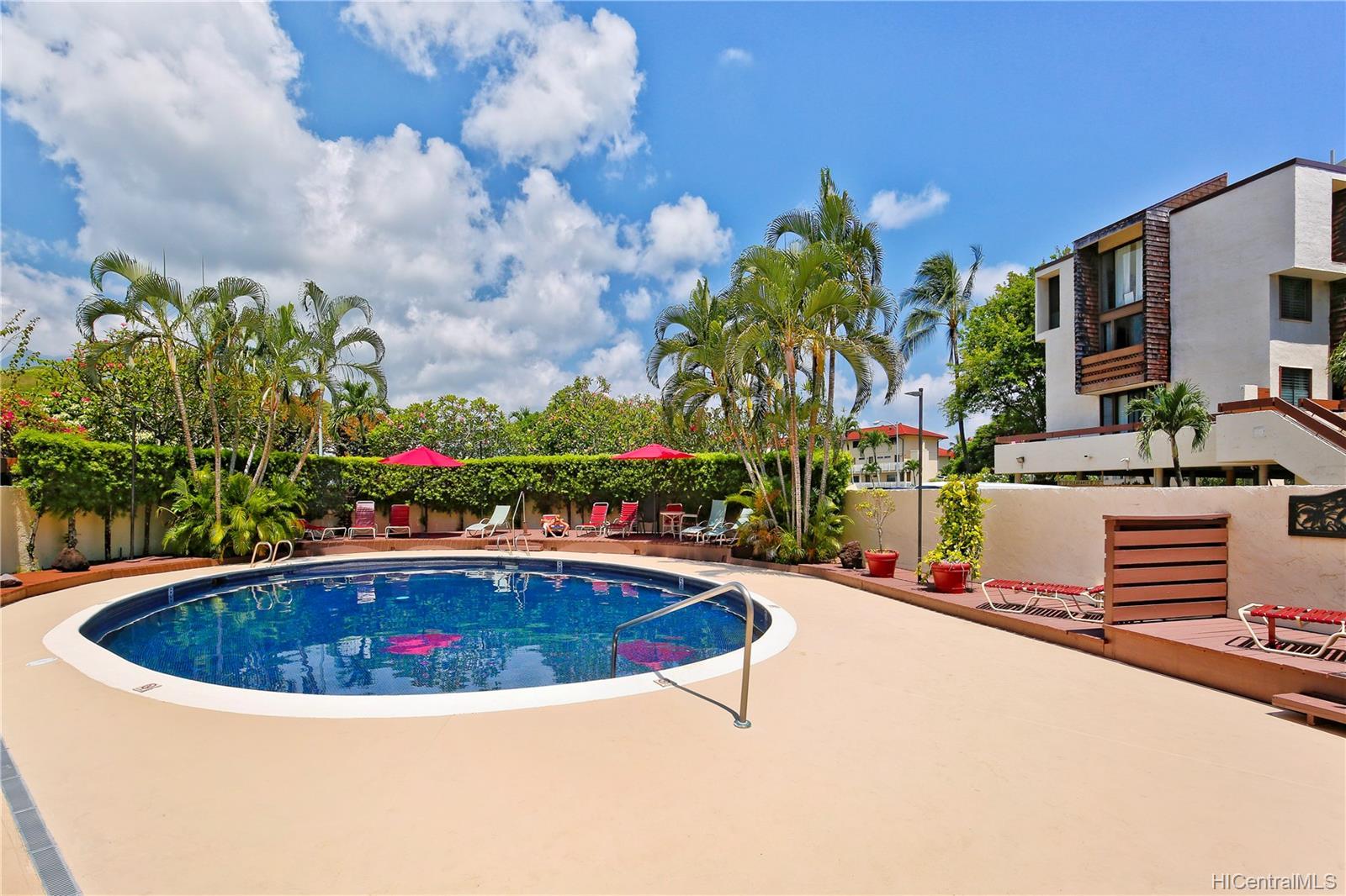 Poinciana Manor condo # 327, Kailua, Hawaii - photo 17 of 20