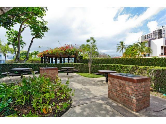 Poinciana Manor condo # 456, Kailua, Hawaii - photo 15 of 15