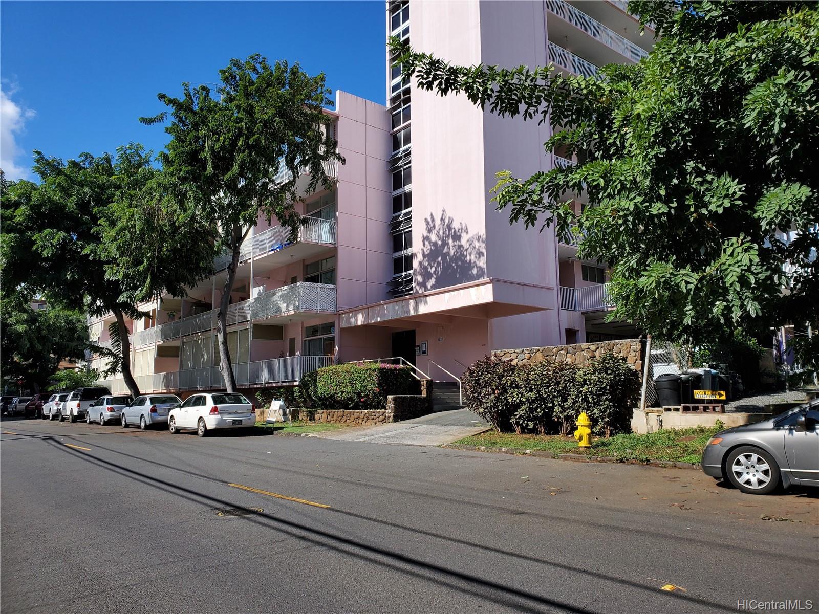 Terrazza condo # 104, Honolulu, Hawaii - photo 13 of 13