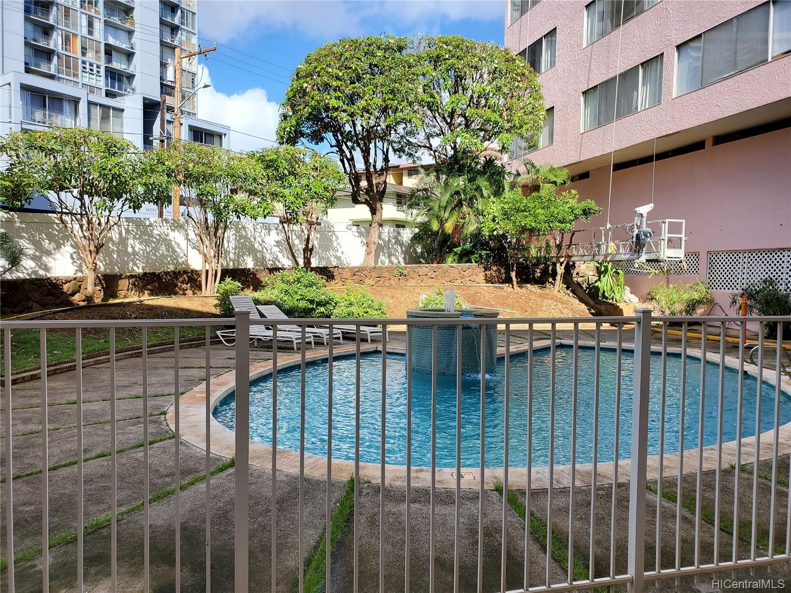 Terrazza condo # 104, Honolulu, Hawaii - photo 6 of 13