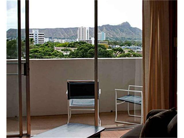 University Villa condo # 801, Honolulu, Hawaii - photo 6 of 14