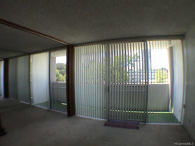 University Villa condo # 406, Honolulu, Hawaii - photo 5 of 6