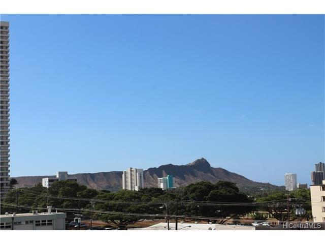 University Villa condo # 605, Honolulu, Hawaii - photo 4 of 11