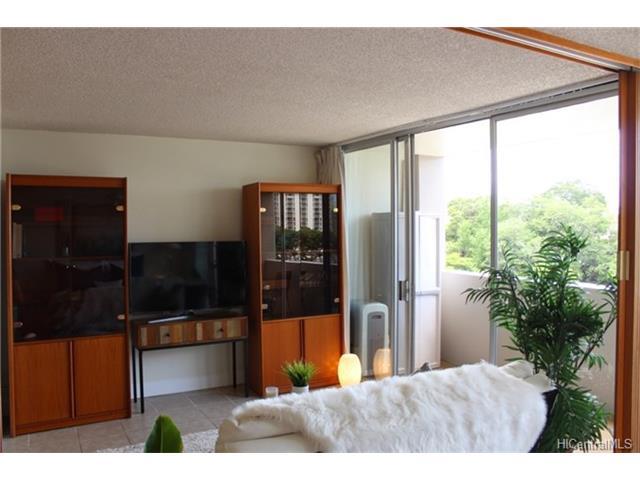 University Villa condo # 605, Honolulu, Hawaii - photo 5 of 11