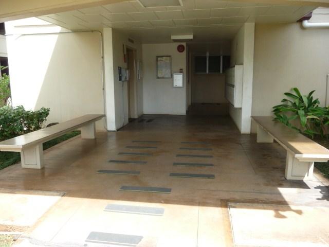 University Towers condo # 402, Honolulu, Hawaii - photo 2 of 25