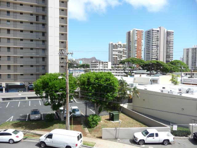 University Towers condo # 402, Honolulu, Hawaii - photo 23 of 25