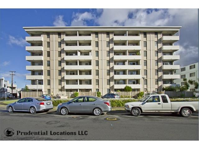 University Towers condo # 408, Honolulu, Hawaii - photo 3 of 24