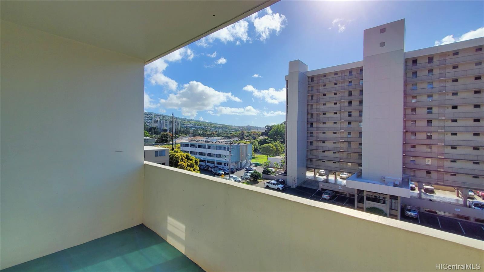 University Towers condo # 603, Honolulu, Hawaii - photo 11 of 25