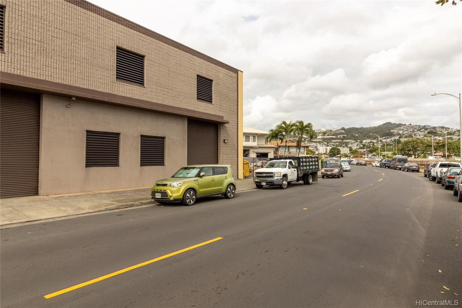 1030 Kohou Street Honolulu Oahu commercial real estate photo24 of 25
