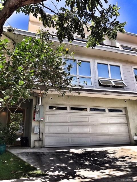 1032  Spencer Street Punchbowl Area, Honolulu home - photo 1 of 23