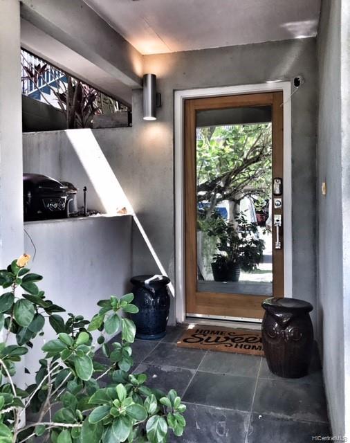 1032  Spencer Street Punchbowl Area, Honolulu home - photo 3 of 23