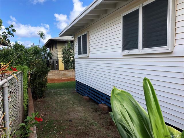 1040  14th Ave Kaimuki, Diamond Head home - photo 22 of 25