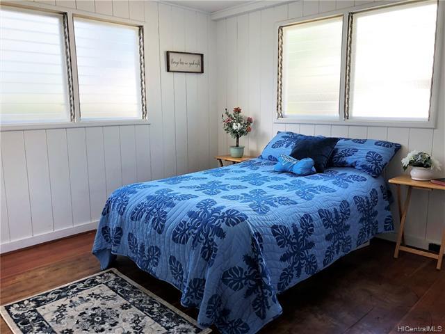 1040  14th Ave Kaimuki, Diamond Head home - photo 8 of 25