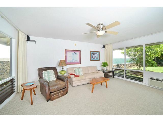 1063  Kamahele St Enchanted Lake, Kailua home - photo 5 of 15