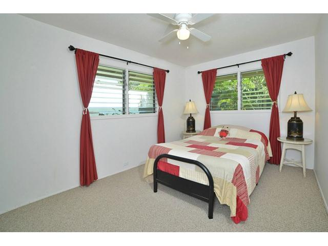 1063  Kamahele St Enchanted Lake, Kailua home - photo 10 of 15