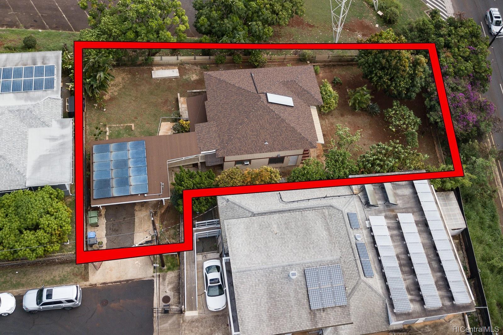 1067  Puu Alani Way Pearl City-upper, PearlCity home - photo 2 of 23