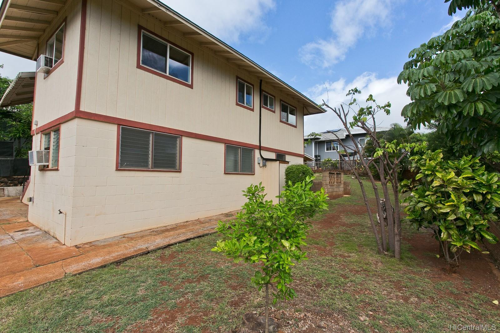 1067  Puu Alani Way Pearl City-upper, PearlCity home - photo 17 of 23