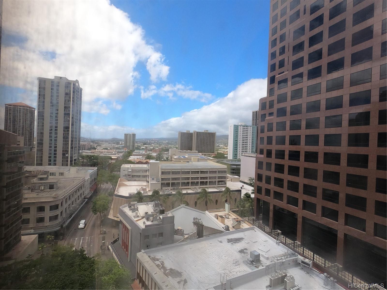 Executive Centre condo # 1212, Honolulu, Hawaii - photo 11 of 18