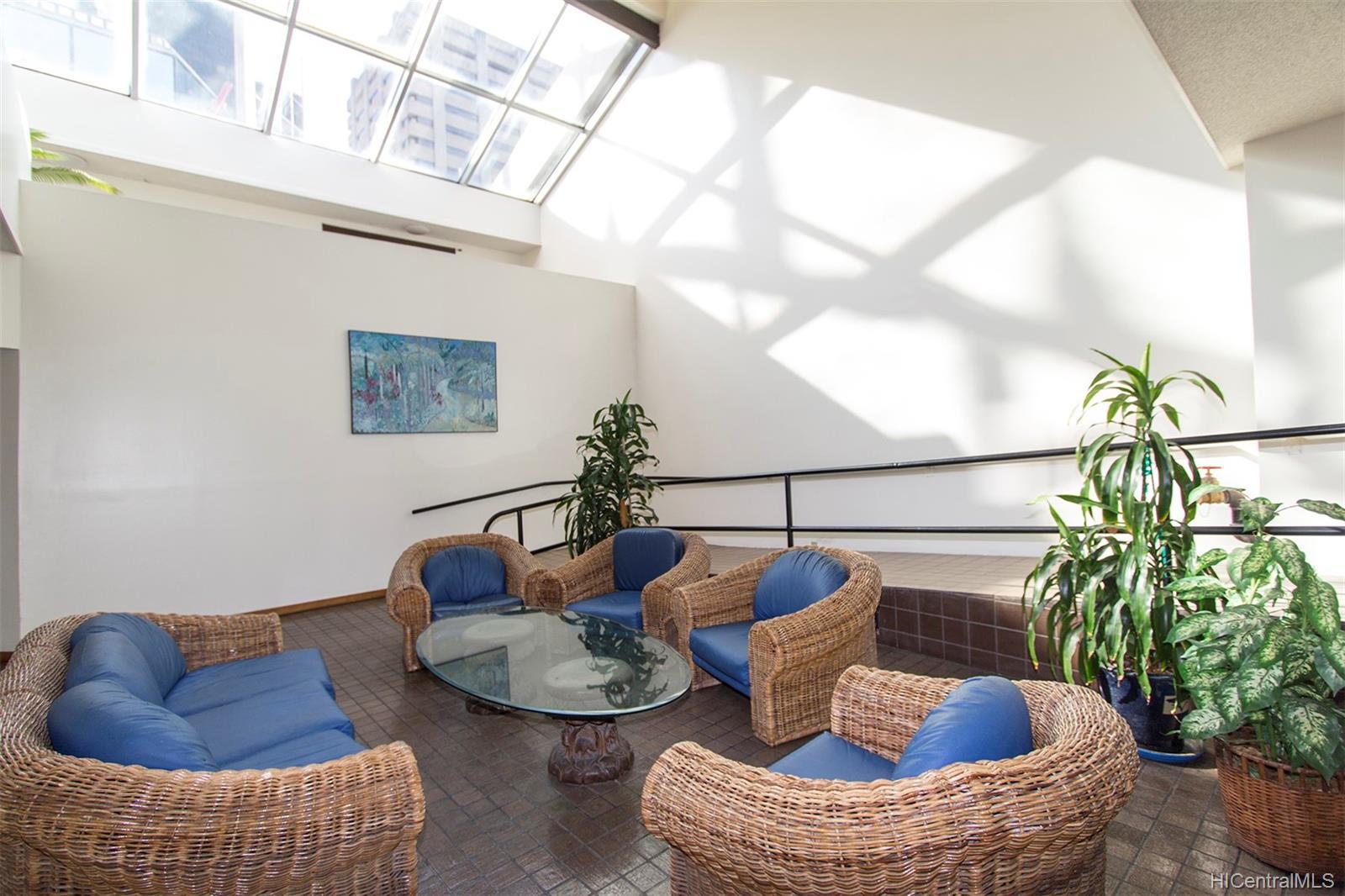 Executive Centre condo # 1212, Honolulu, Hawaii - photo 17 of 18