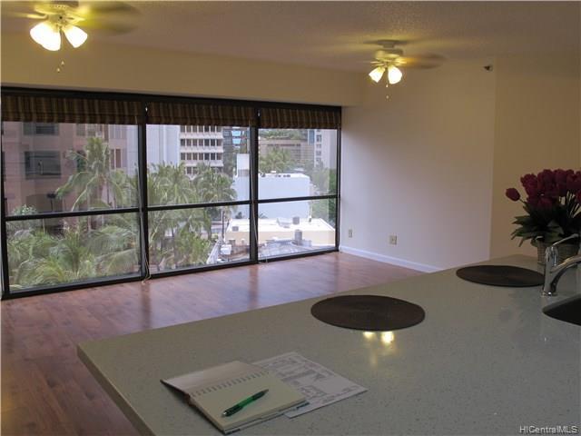 Executive Centre condo #711, Honolulu, Hawaii - photo 1 of 5