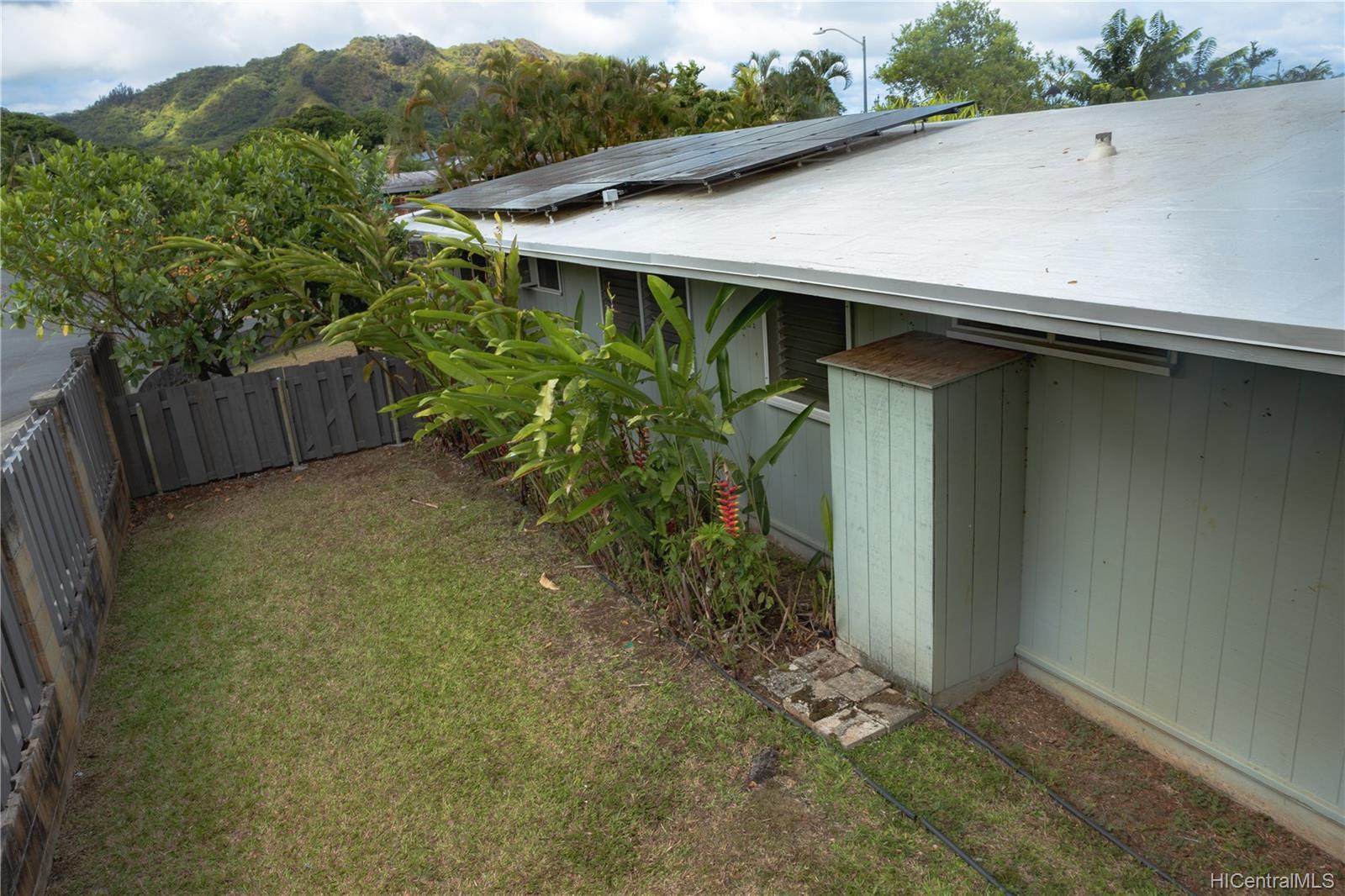 1098  Lunaanela Street Maunawili, Kailua home - photo 8 of 22