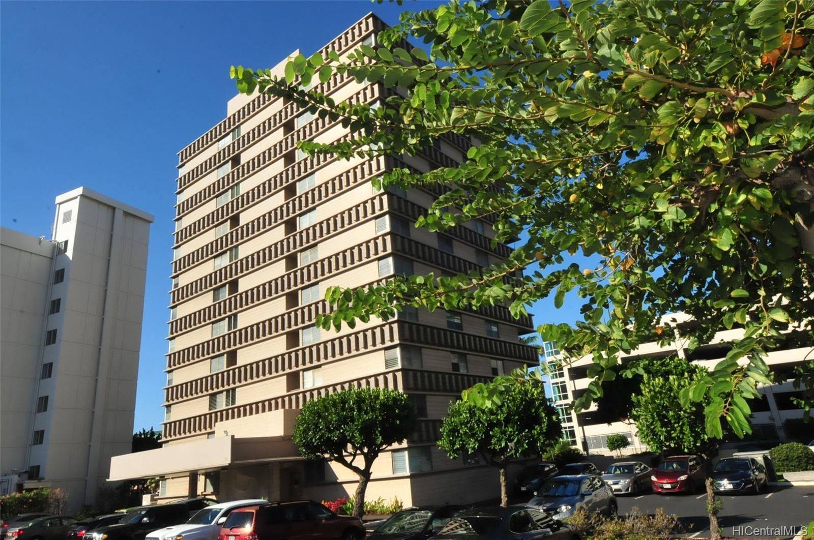 Lakeview Sands condo # 1104, Honolulu, Hawaii - photo 1 of 14