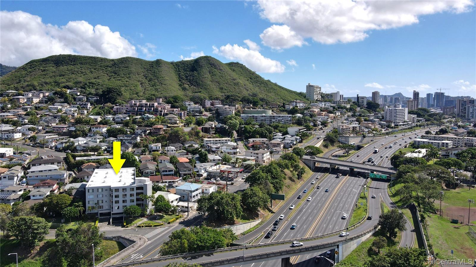Leilehua condo # 105, Honolulu, Hawaii - photo 2 of 25