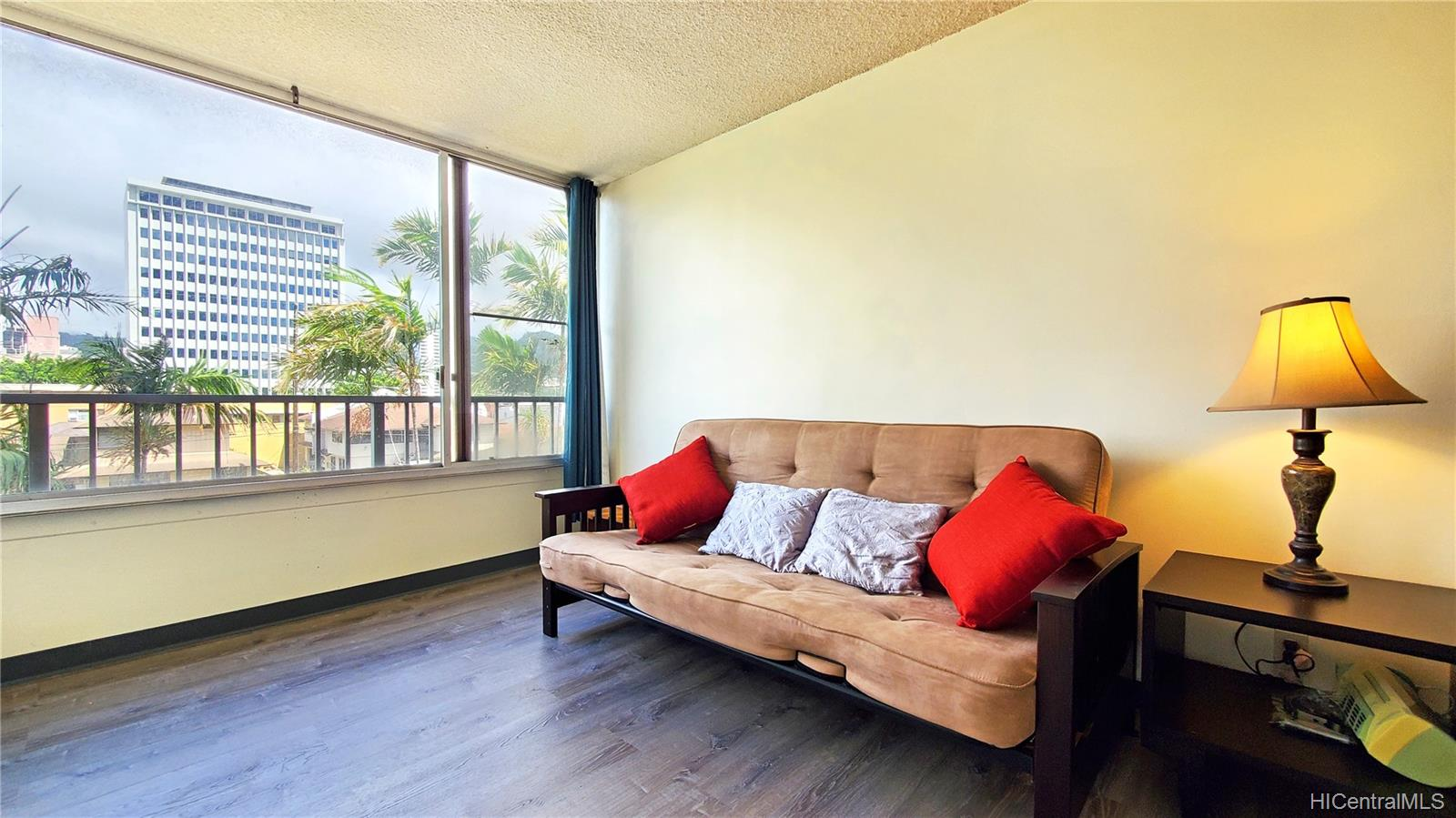 Elms condo # 309, Honolulu, Hawaii - photo 17 of 25