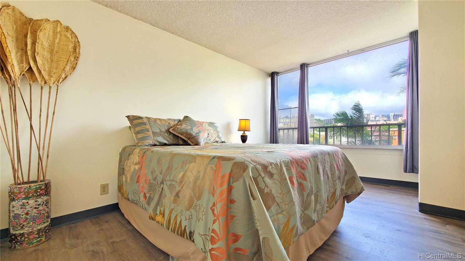 Elms condo # 309, Honolulu, Hawaii - photo 10 of 25