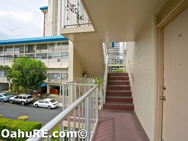 Makiki East condo # 301, Honolulu, Hawaii - photo 16 of 17