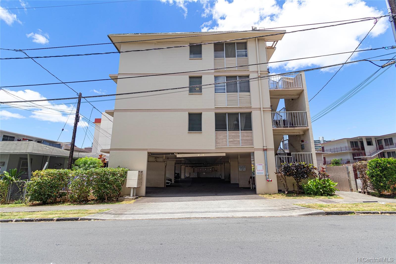 Makiki East condo # 402, Honolulu, Hawaii - photo 20 of 22