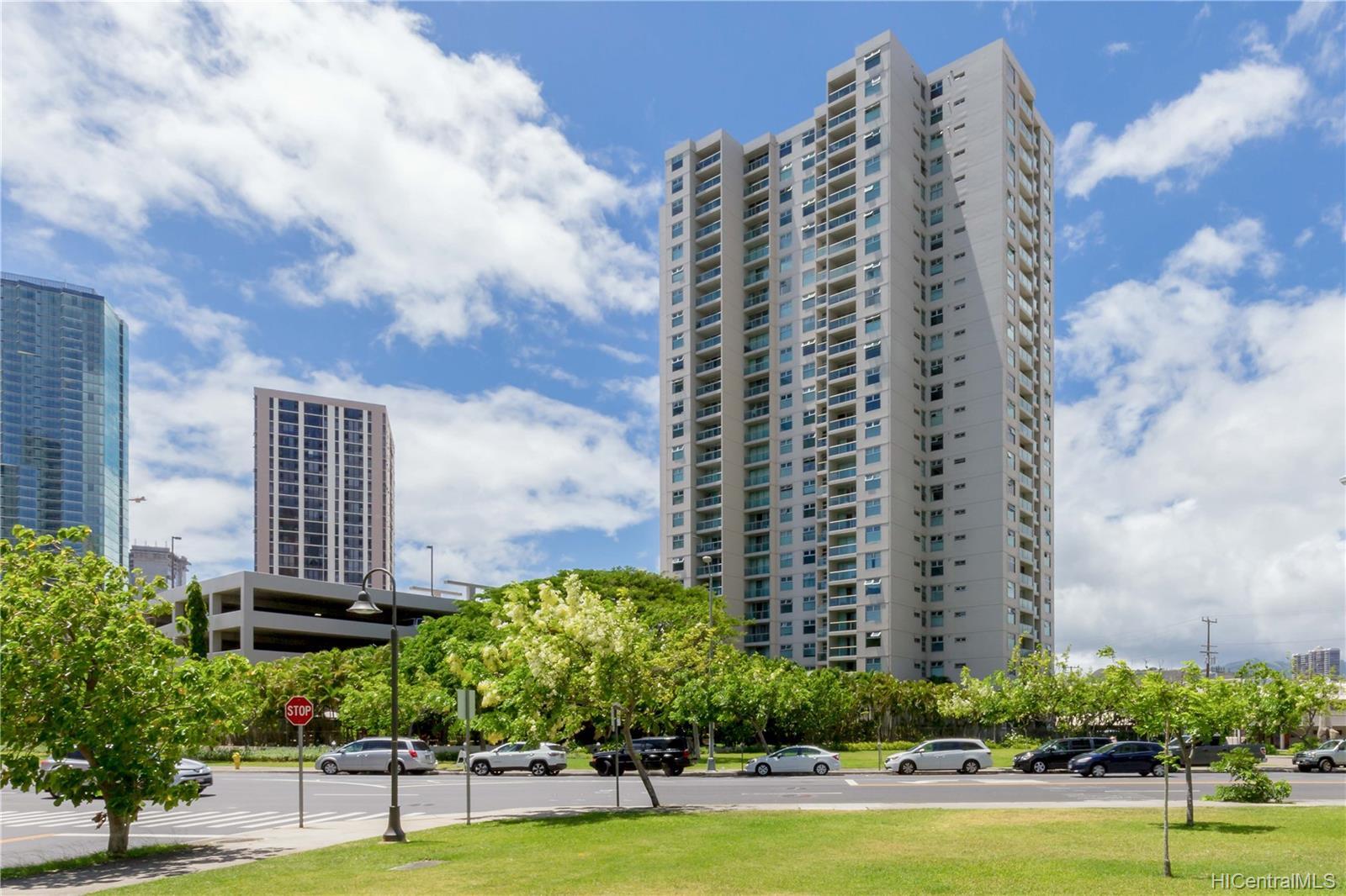 1133 Waimanu condo # 1207, Honolulu, Hawaii - photo 16 of 18