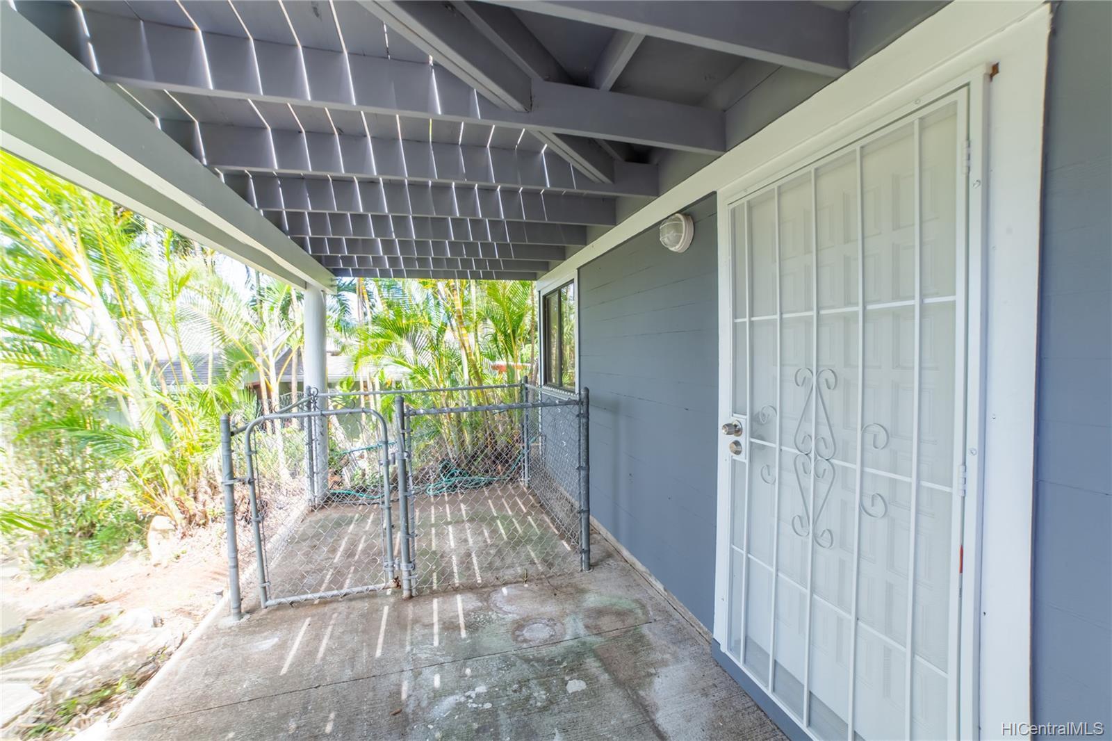 1168  Kaluanui Road Mariners Ridge, Hawaii Kai home - photo 23 of 25