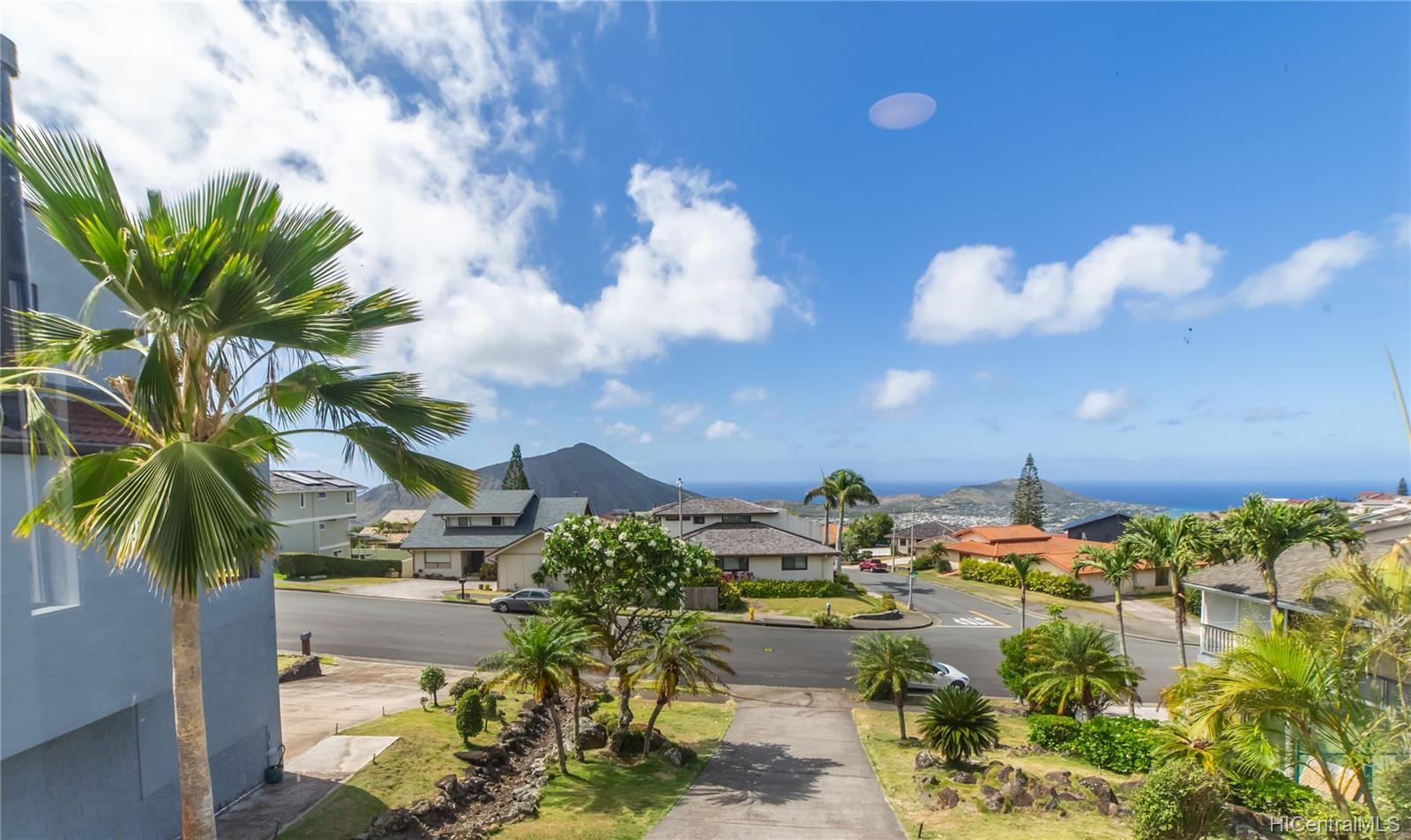 1168  Kaluanui Road Mariners Ridge, Hawaii Kai home - photo 24 of 25