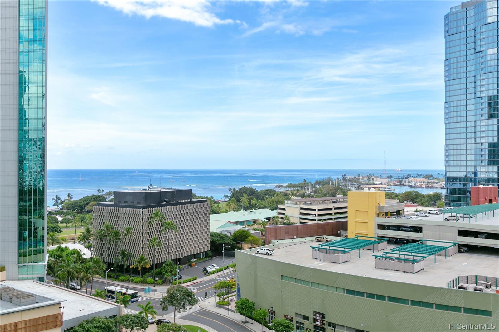 Koolani condo # 1604, Honolulu, Hawaii - photo 4 of 18