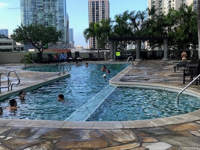 Koolani condo # 1705, Honolulu, Hawaii - photo 14 of 17