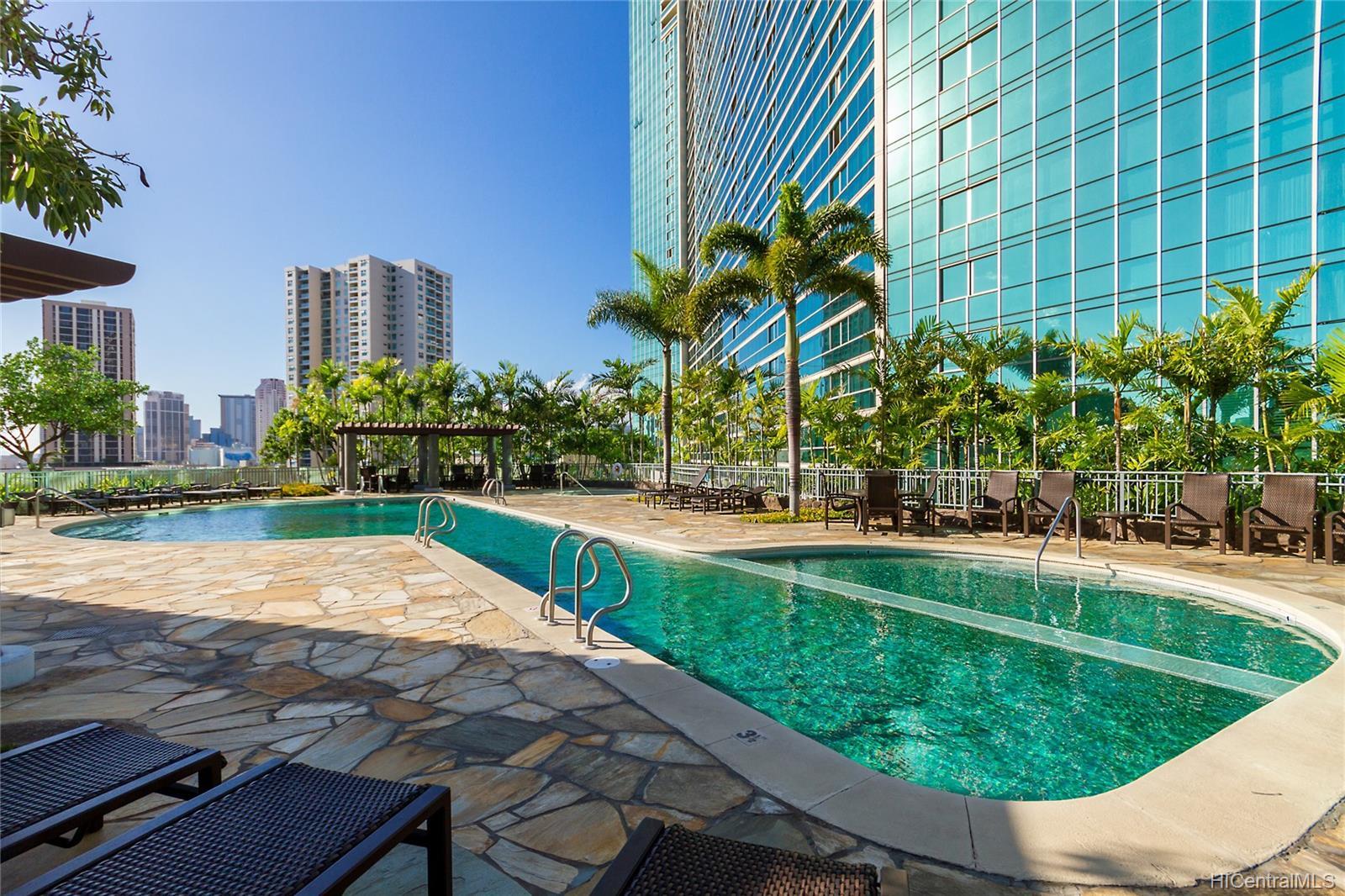 Koolani condo # 2104, Honolulu, Hawaii - photo 14 of 18