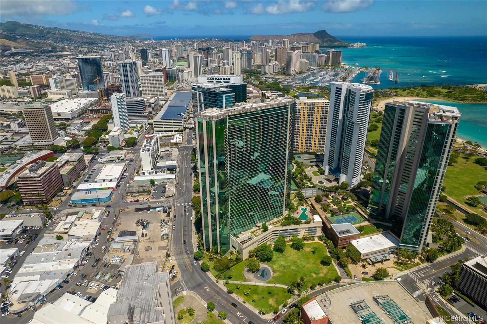 Koolani condo # 2407, Honolulu, Hawaii - photo 23 of 25