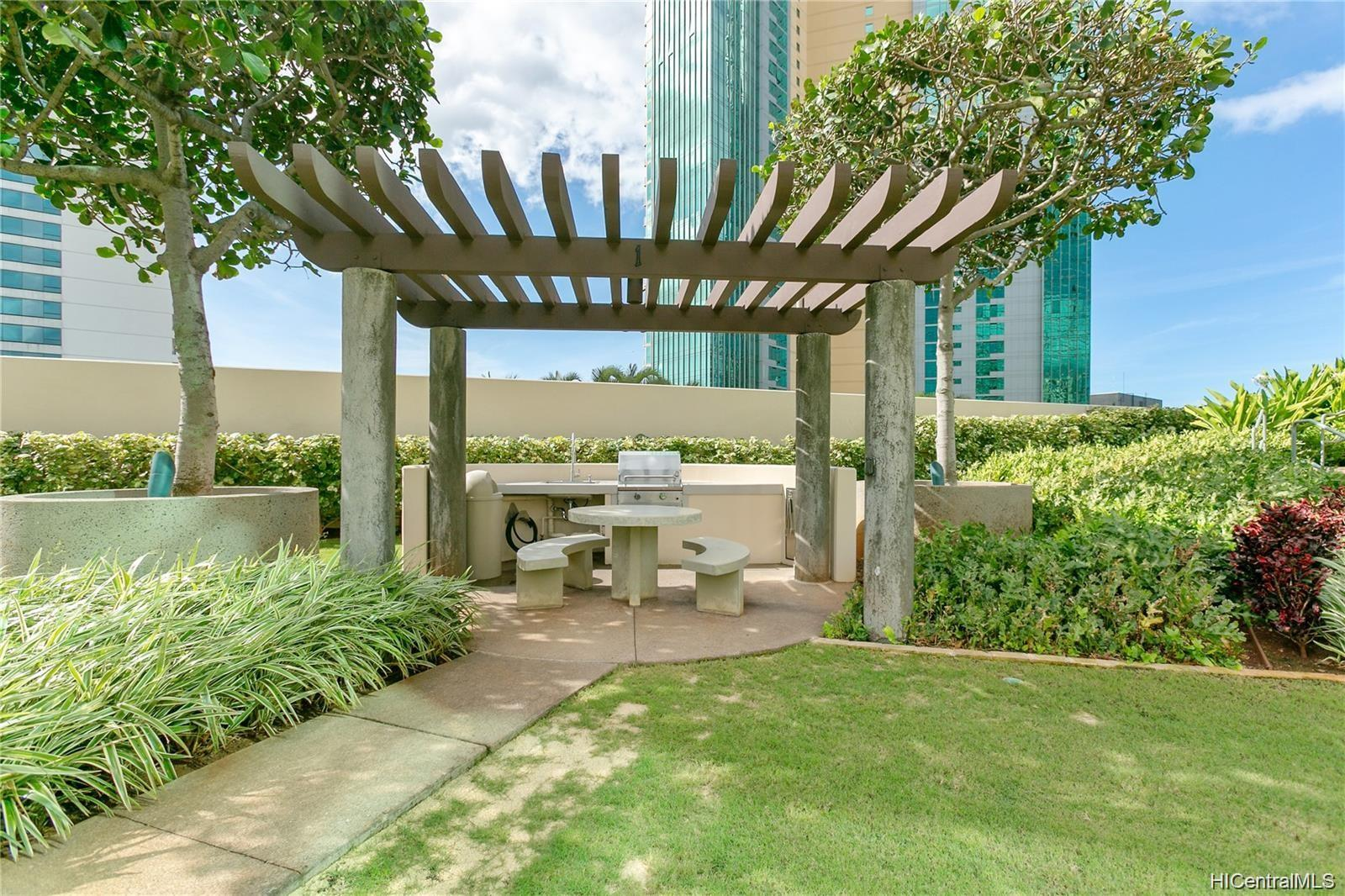 Koolani condo # 4205, Honolulu, Hawaii - photo 12 of 15