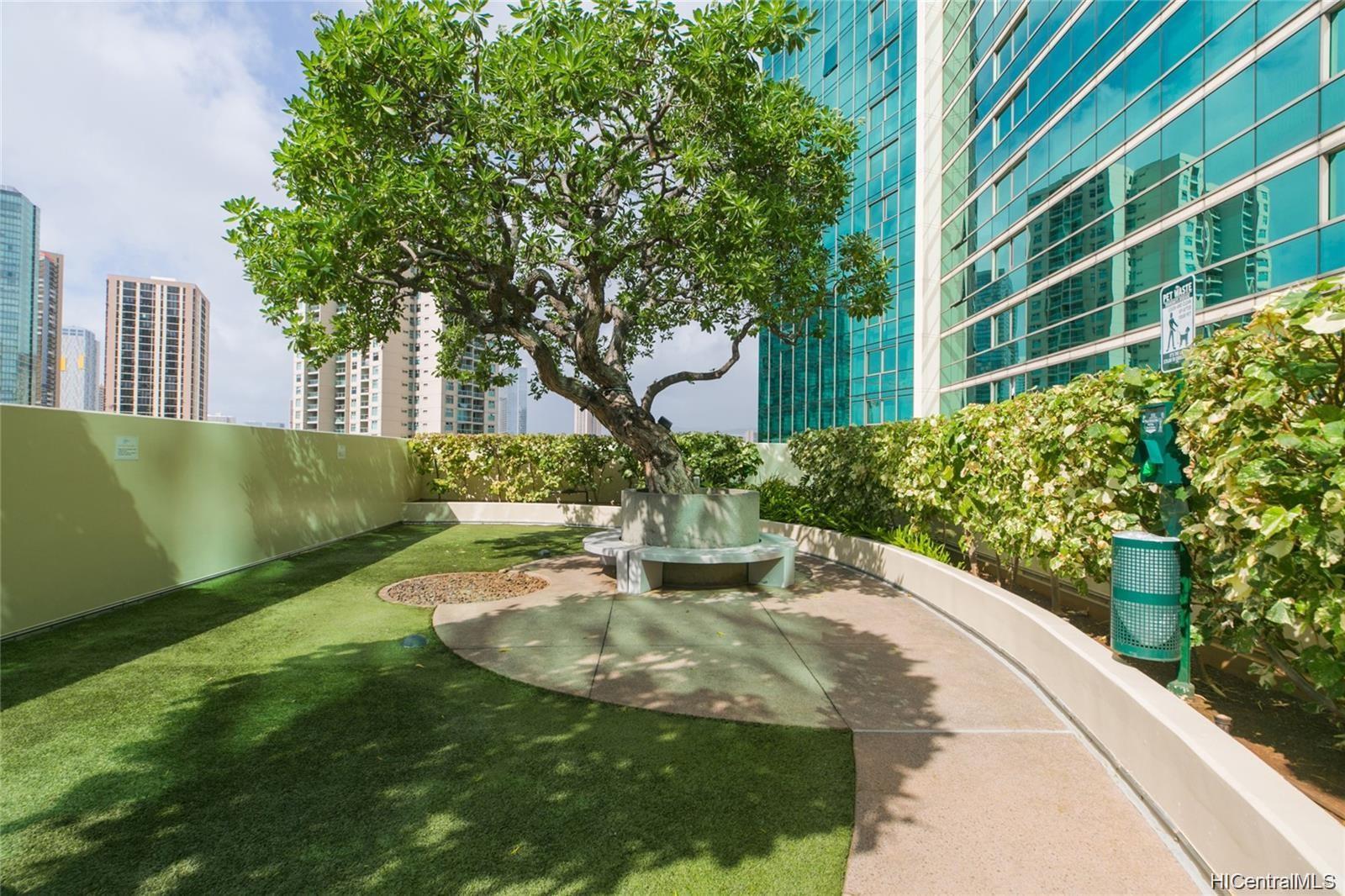 1177 Queen Street Honolulu - Rental - photo 20 of 24
